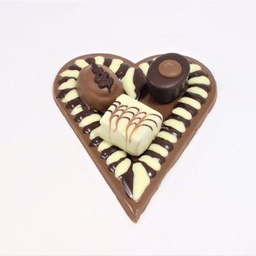 Afbeelding van Hart met 3 bonbons